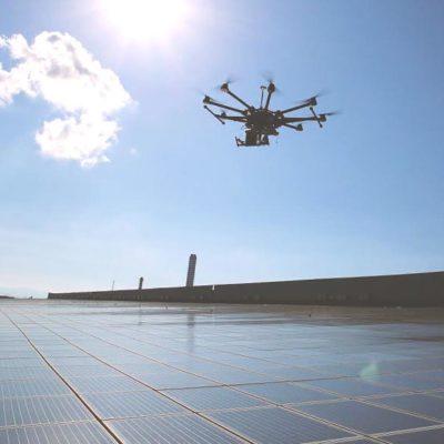 La termografia con drone per ispezionare i campi fotovoltaici